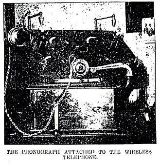 Phonograph connected to the wireless telephone